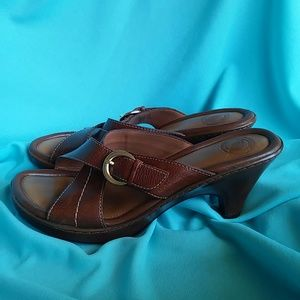 Nurture Sandals Upper Leather with buckle strap